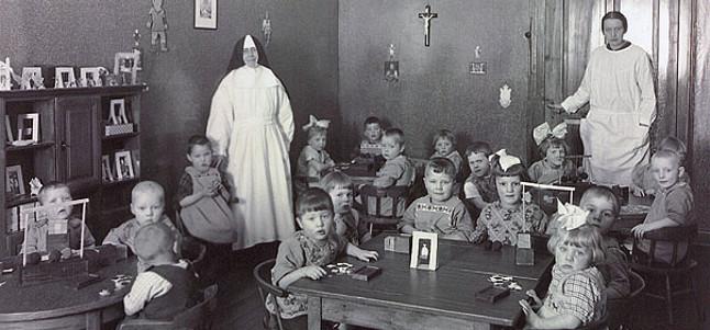 Kindergruppe im Haus Loreto (NL) um 1900